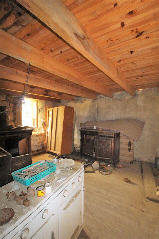 Maison à vendre 12 170m2 à Sainte-Marguerite-Lafigère vignette-8