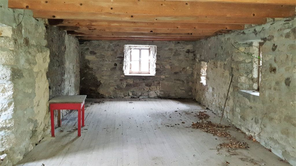 Maison à vendre 12 170m2 à Sainte-Marguerite-Lafigère vignette-10