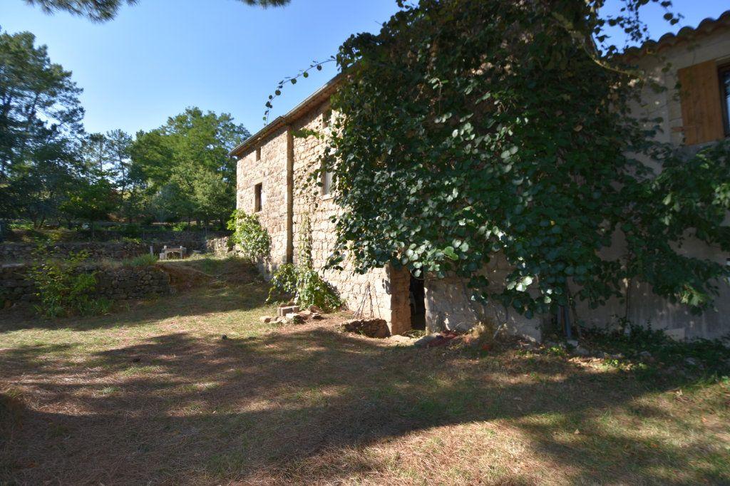 Maison à vendre 10 198m2 à Lablachère vignette-1