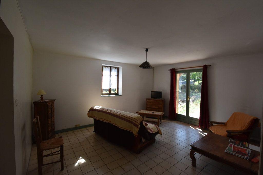 Maison à vendre 10 198m2 à Lablachère vignette-7