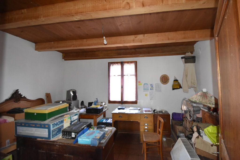 Maison à vendre 10 198m2 à Lablachère vignette-8