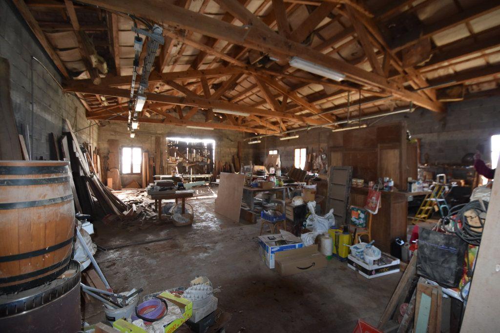 Maison à vendre 10 198m2 à Lablachère vignette-13