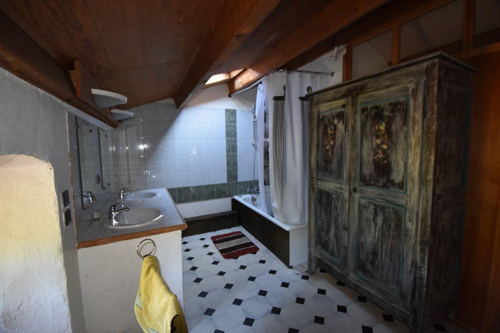Maison à vendre 10 198m2 à Lablachère vignette-15