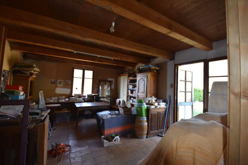 Maison à vendre 10 198m2 à Lablachère vignette-16