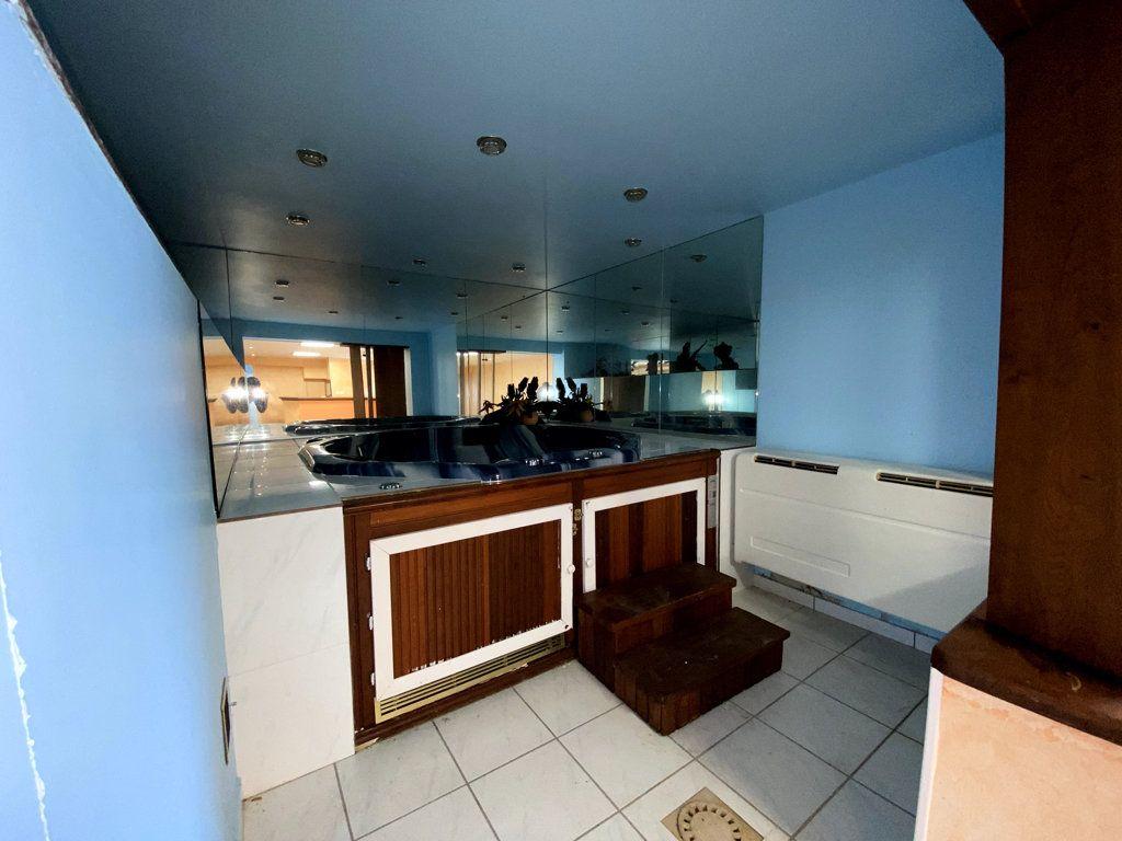 Maison à vendre 11 265m2 à Largentière vignette-16