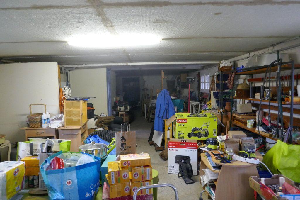 Maison à vendre 7 147m2 à Saint-Paul-le-Jeune vignette-18