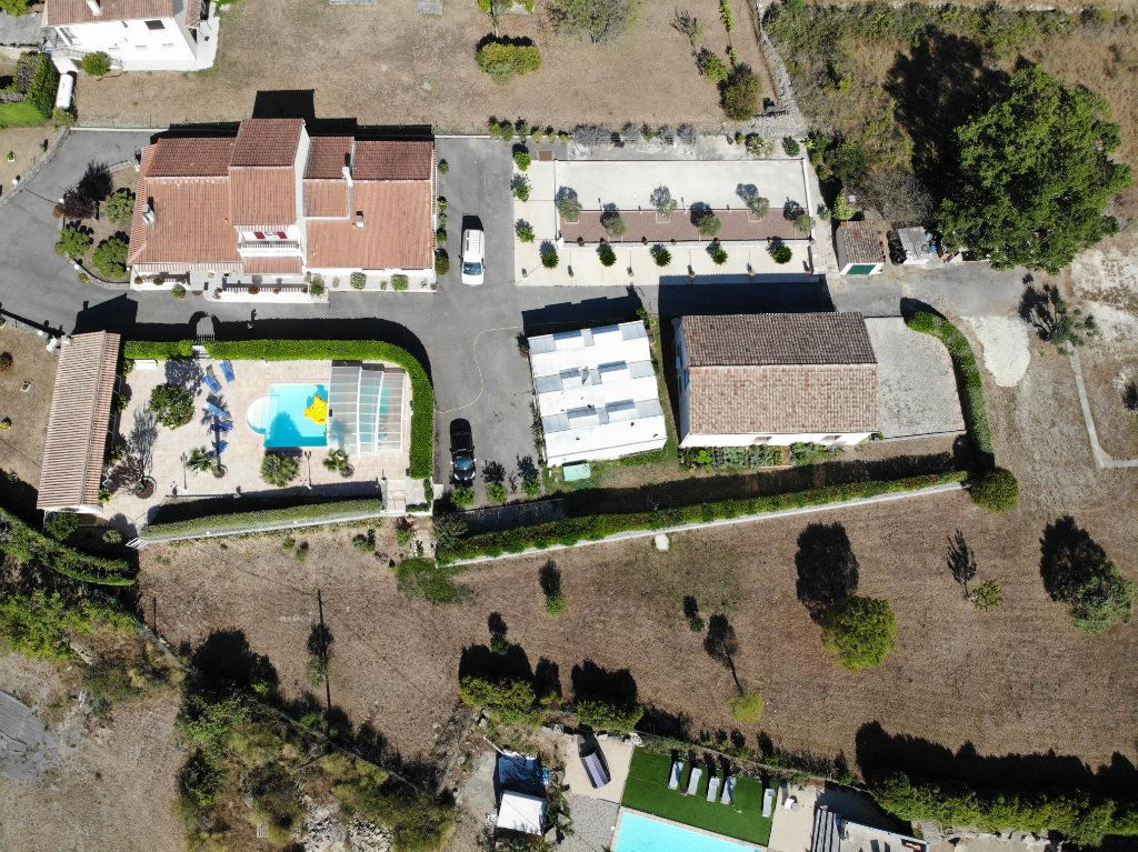 Maison à vendre 11 162m2 à Les Vans vignette-2