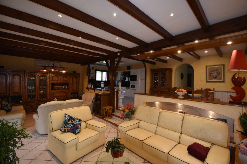 Maison à vendre 11 162m2 à Les Vans vignette-12