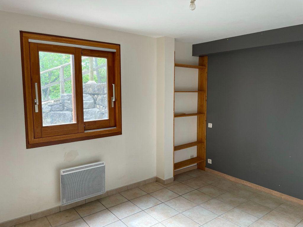 Maison à vendre 12 157.3m2 à Fons vignette-13