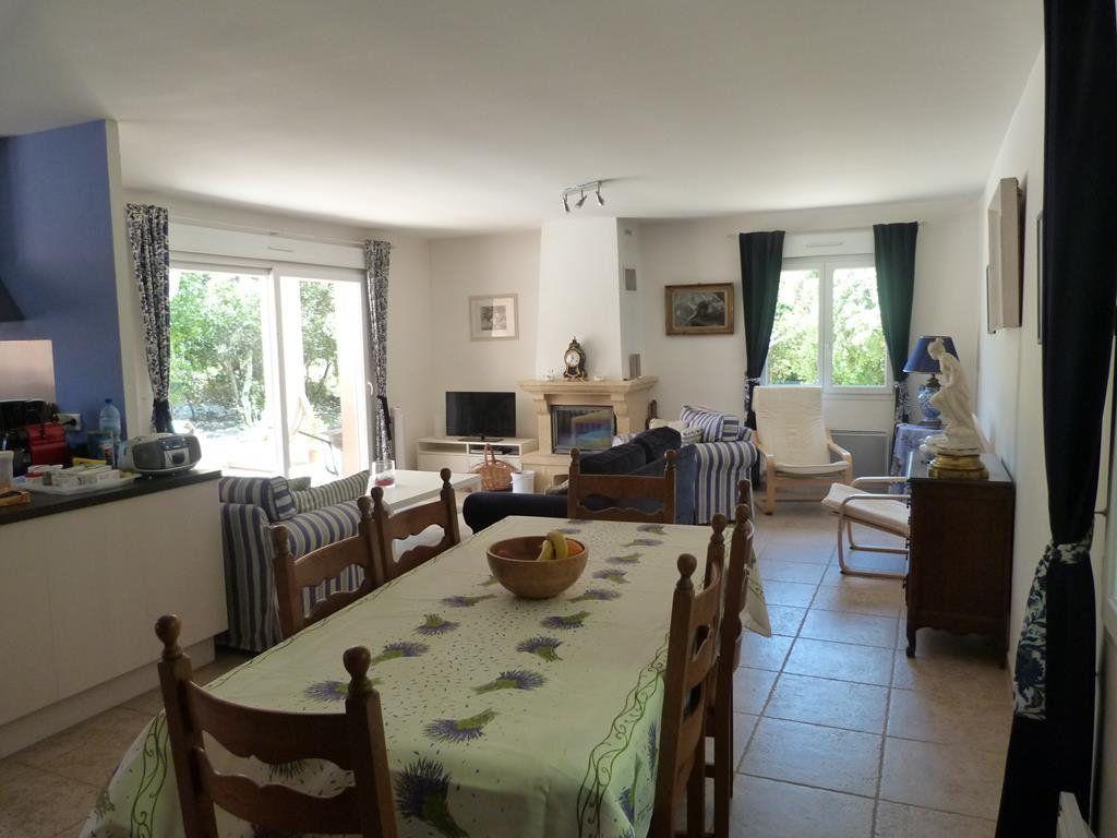 Maison à vendre 4 130m2 à Méjannes-le-Clap vignette-3