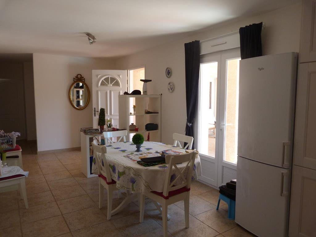 Maison à vendre 4 130m2 à Méjannes-le-Clap vignette-4