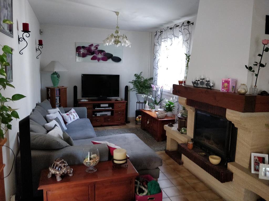 Maison à vendre 4 100m2 à Saint-Ambroix vignette-3
