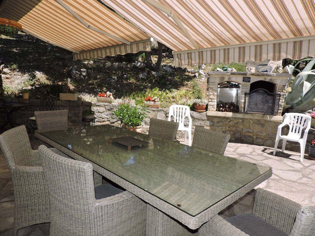 Maison à vendre 5 109m2 à Navacelles vignette-3