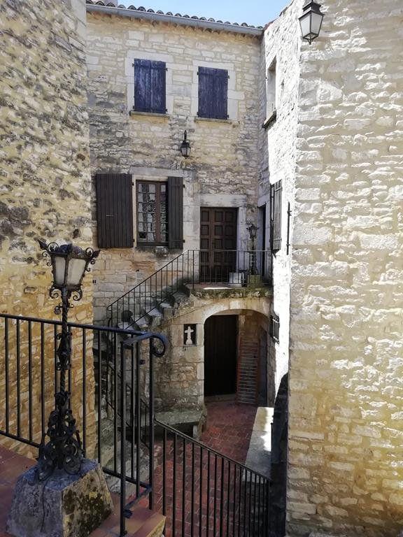 Maison à vendre 11 235m2 à Barjac vignette-4