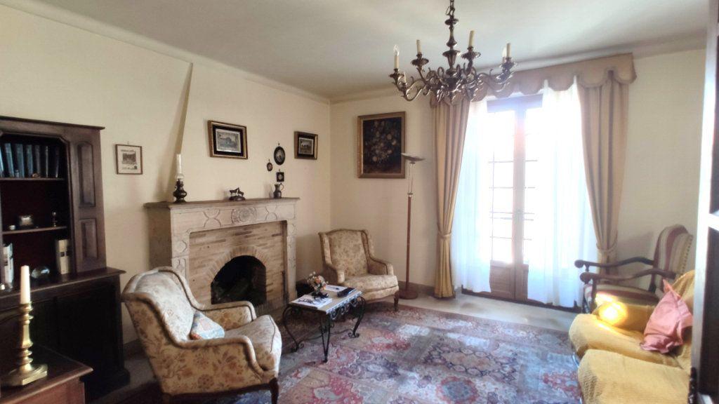 Maison à vendre 11 235m2 à Barjac vignette-7