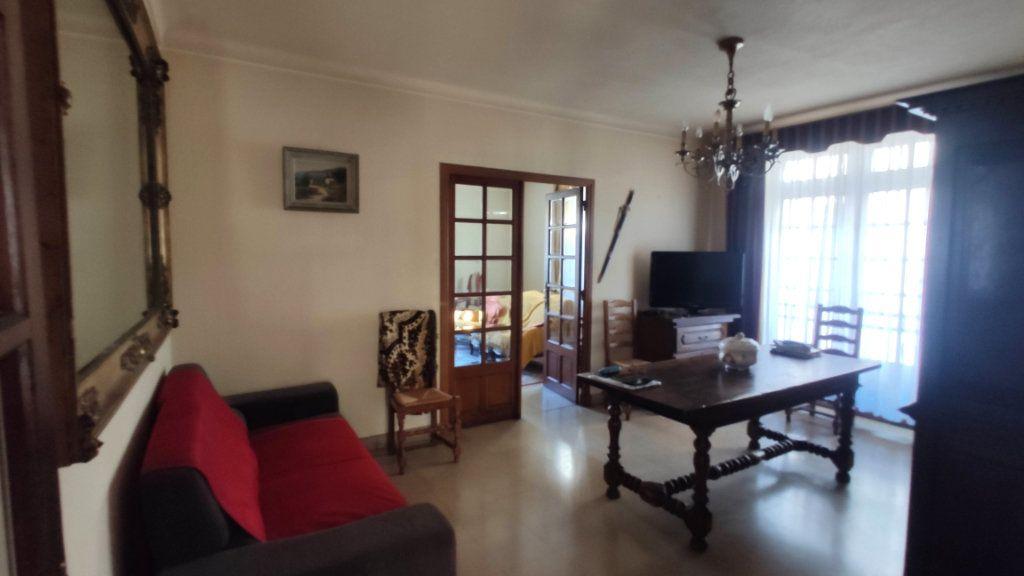 Maison à vendre 11 235m2 à Barjac vignette-8