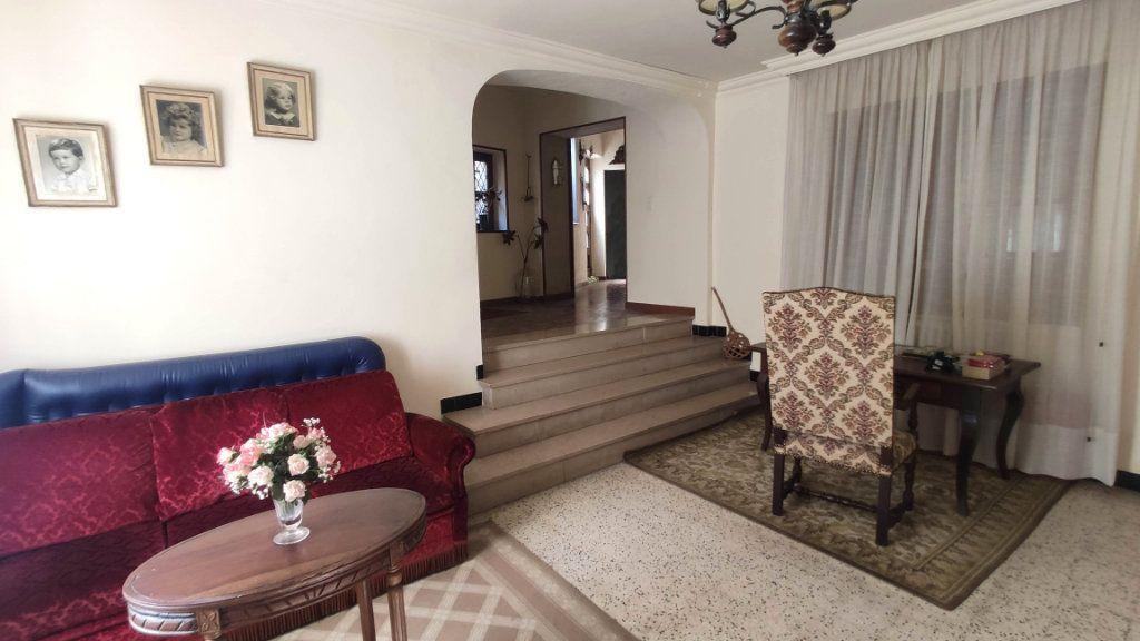 Maison à vendre 11 235m2 à Barjac vignette-9
