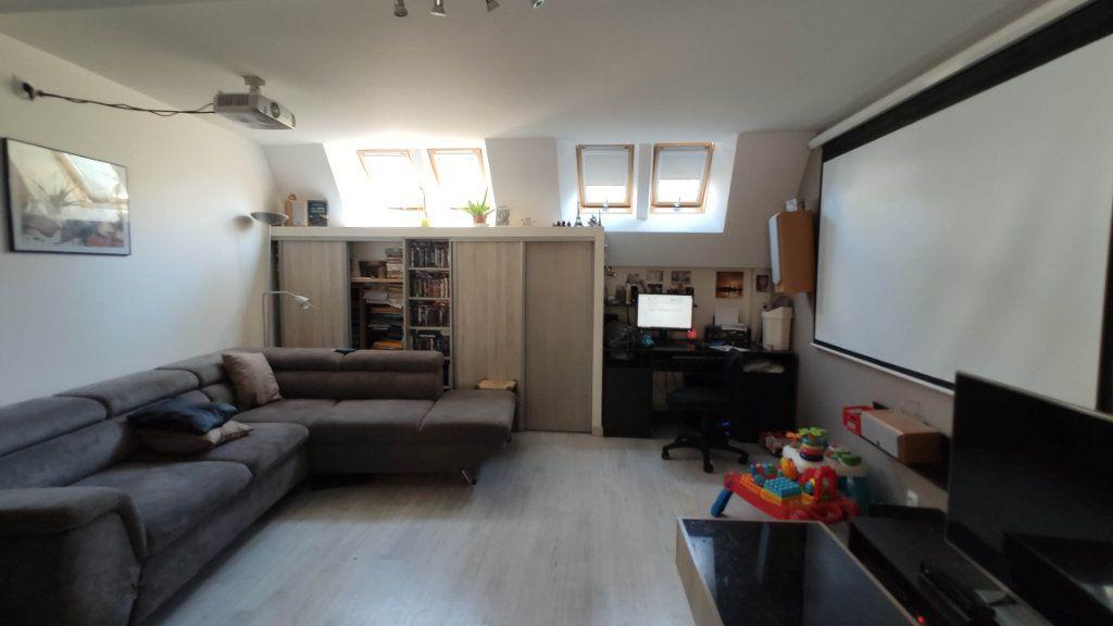 Maison à vendre 5 105m2 à Saint-Jean-de-Maruéjols-et-Avéjan vignette-1