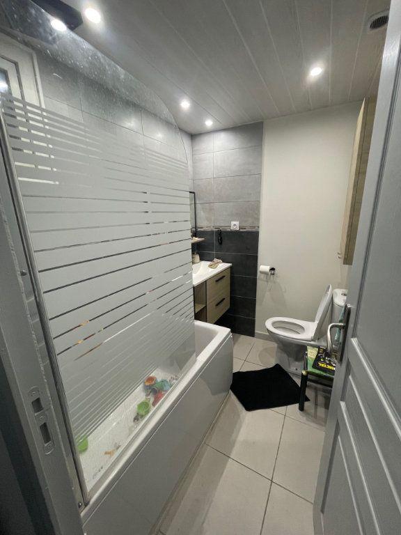 Maison à vendre 5 105m2 à Saint-Jean-de-Maruéjols-et-Avéjan vignette-4
