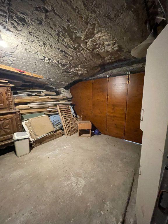 Maison à vendre 5 105m2 à Saint-Jean-de-Maruéjols-et-Avéjan vignette-8