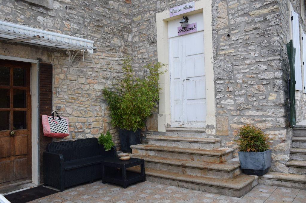 Maison à vendre 18 400m2 à Orgnac-l'Aven vignette-7