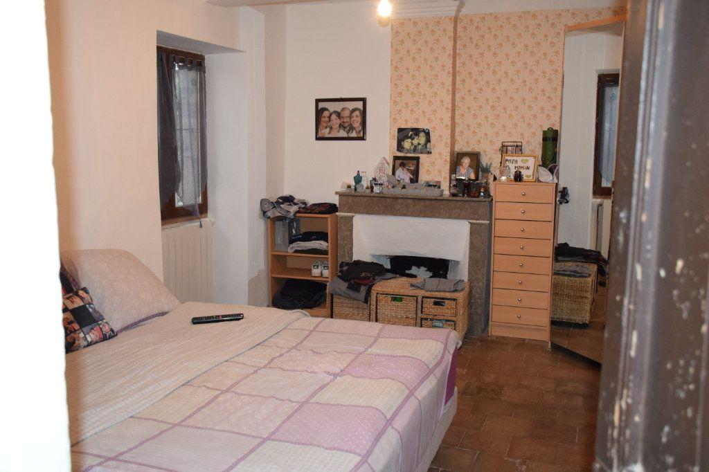 Maison à vendre 18 400m2 à Orgnac-l'Aven vignette-8