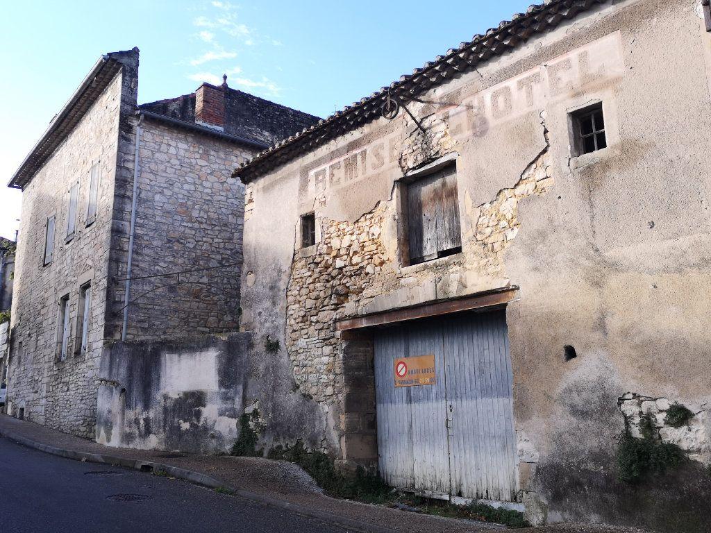 Maison à vendre 8 340m2 à Barjac vignette-8