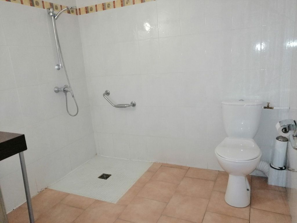 Appartement à vendre 1 24.38m2 à Barjac vignette-5