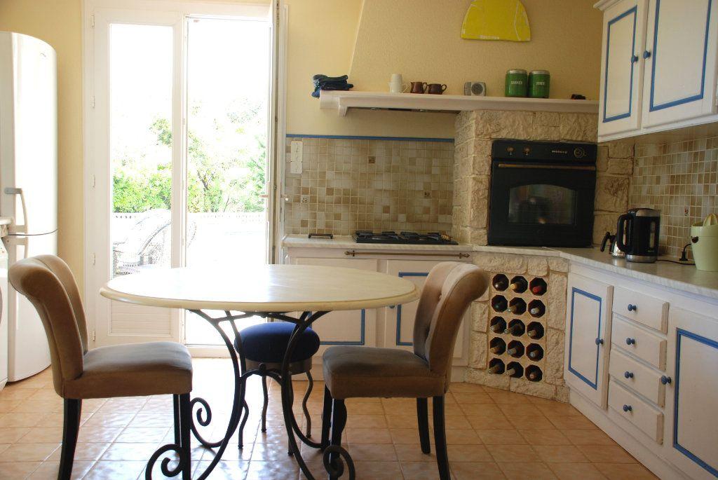 Maison à vendre 8 194.5m2 à Méjannes-le-Clap vignette-6