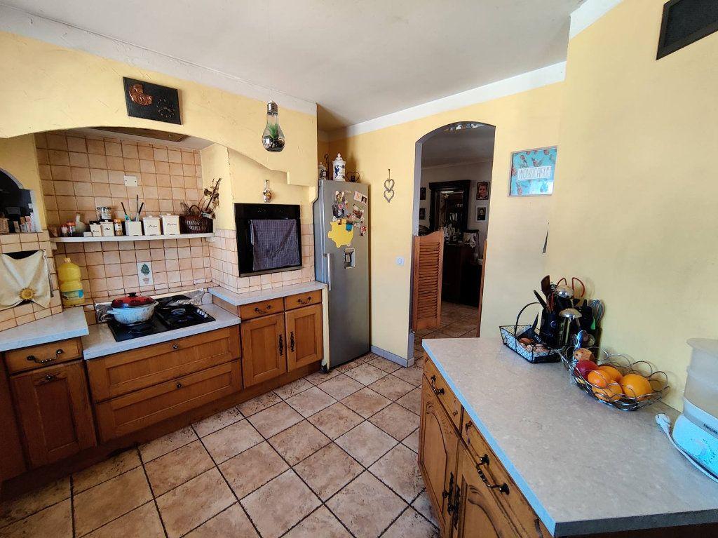 Maison à vendre 6 138m2 à Saint-Victor-de-Malcap vignette-3
