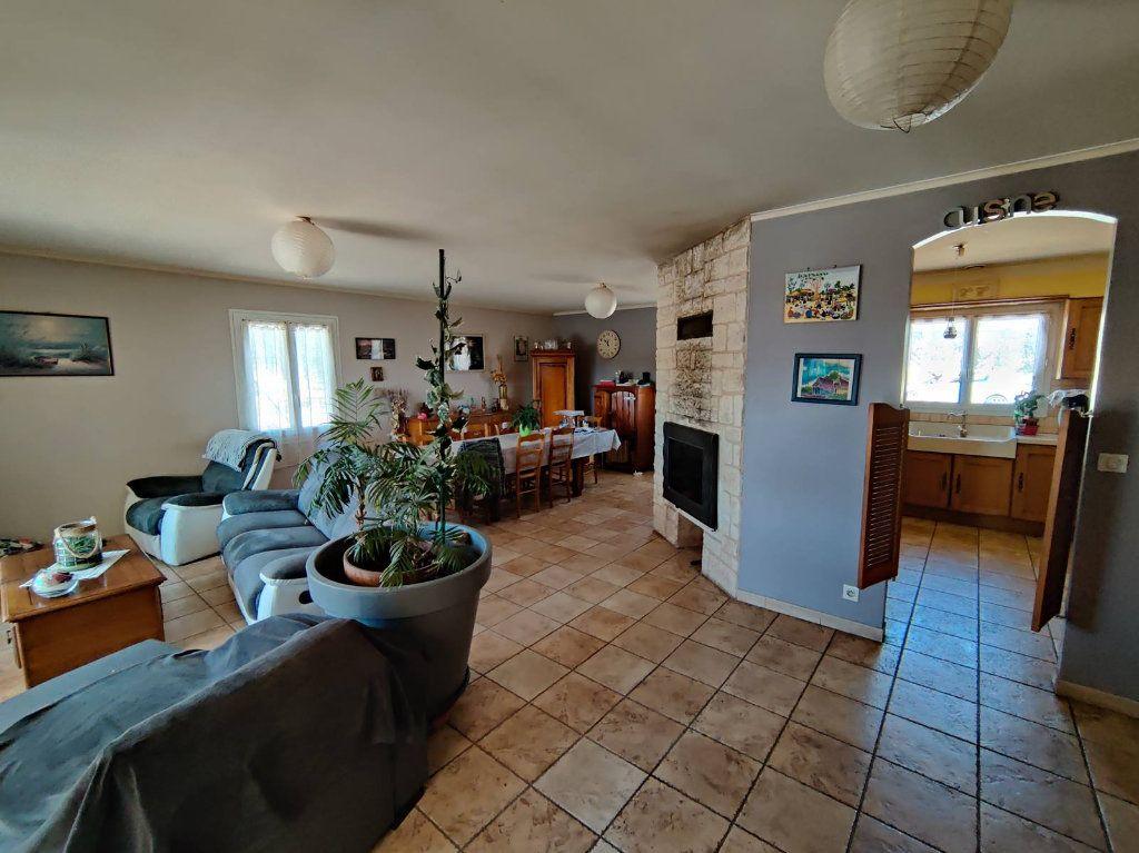 Maison à vendre 6 138m2 à Saint-Victor-de-Malcap vignette-4
