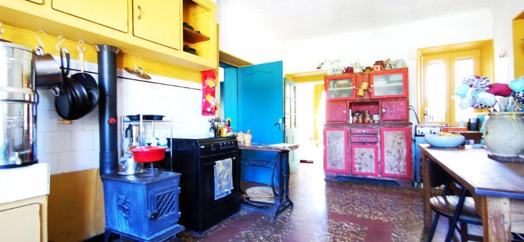 Maison à vendre 5 110m2 à Saint-Brès vignette-9