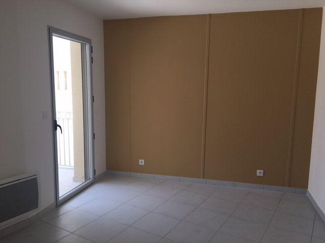 Appartement à louer 4 92m2 à Lansargues vignette-4