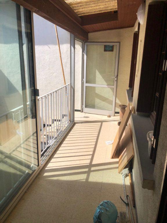 Appartement à louer 4 95m2 à Saint-Drézéry vignette-3