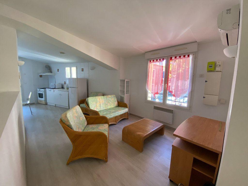 Appartement à louer 2 52.44m2 à Lansargues vignette-1