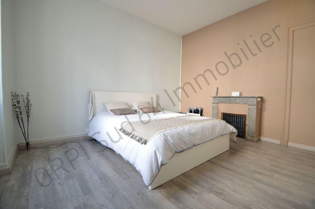 Appartement à louer 3 69.95m2 à Pau vignette-4
