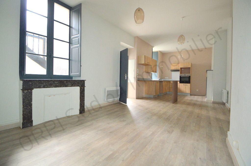 Appartement à louer 3 69.95m2 à Pau vignette-8