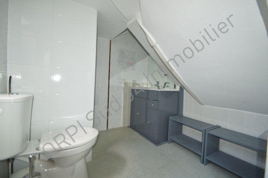 Appartement à louer 1 10.14m2 à Pau vignette-3