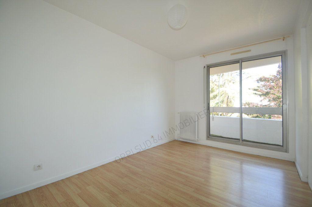 Appartement à louer 4 100m2 à Pau vignette-6