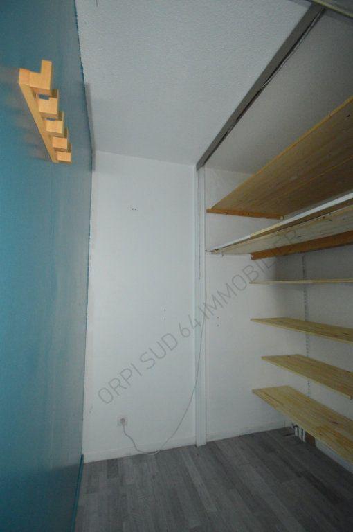 Appartement à louer 4 100m2 à Pau vignette-7