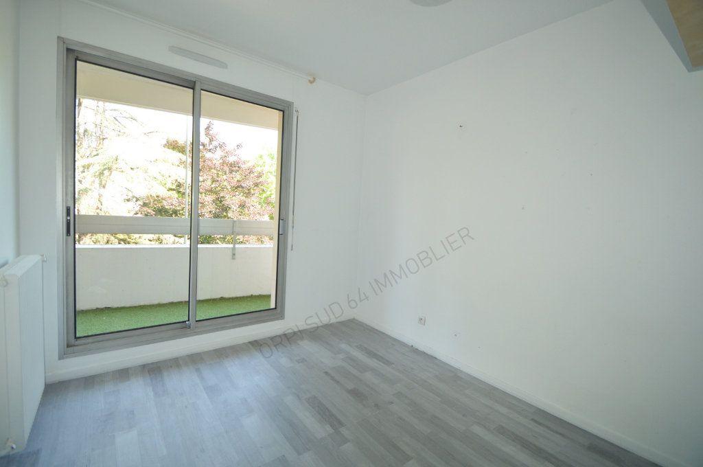 Appartement à louer 4 100m2 à Pau vignette-8