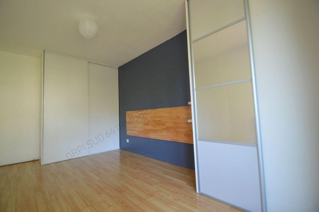 Appartement à louer 4 100m2 à Pau vignette-10