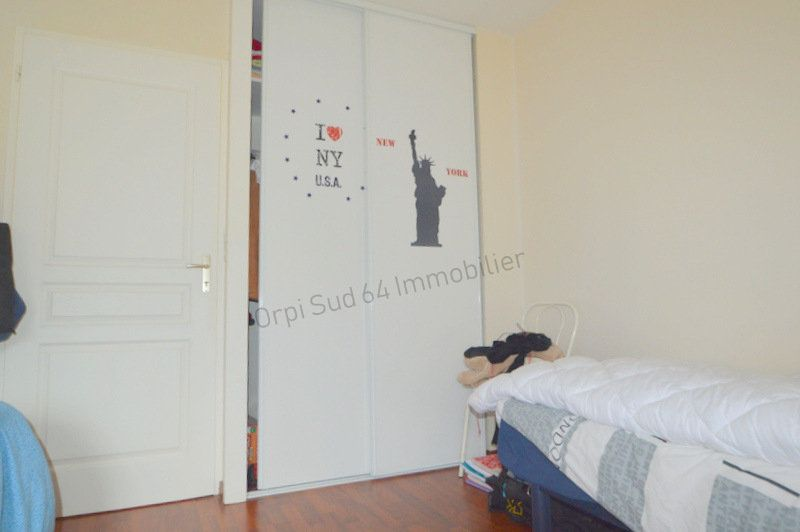 Appartement à louer 3 87m2 à Gelos vignette-5