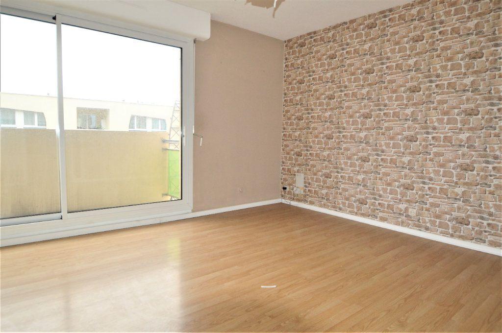 Appartement à louer 2 55.5m2 à Pau vignette-1