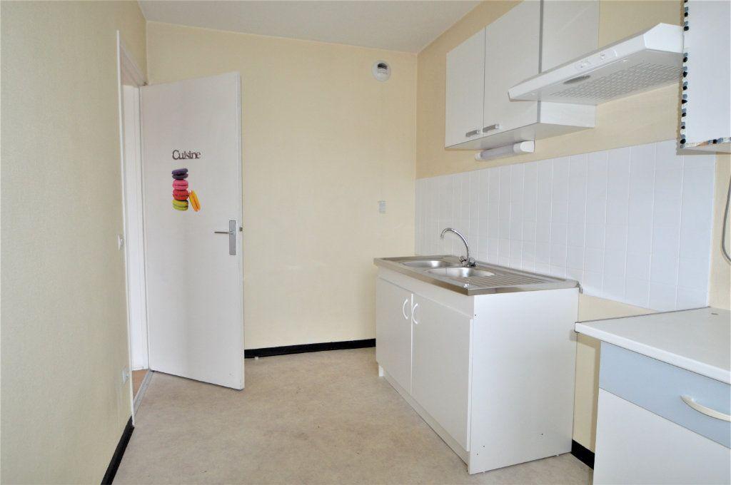 Appartement à louer 2 55.5m2 à Pau vignette-3