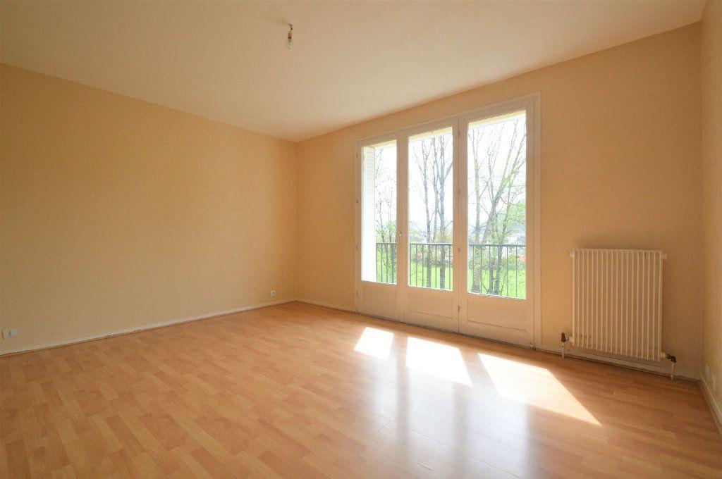 Appartement à louer 3 58m2 à Jurançon vignette-2