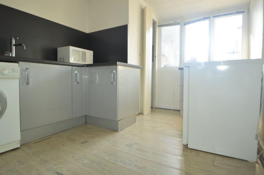 Appartement à louer 1 32.12m2 à Pau vignette-3