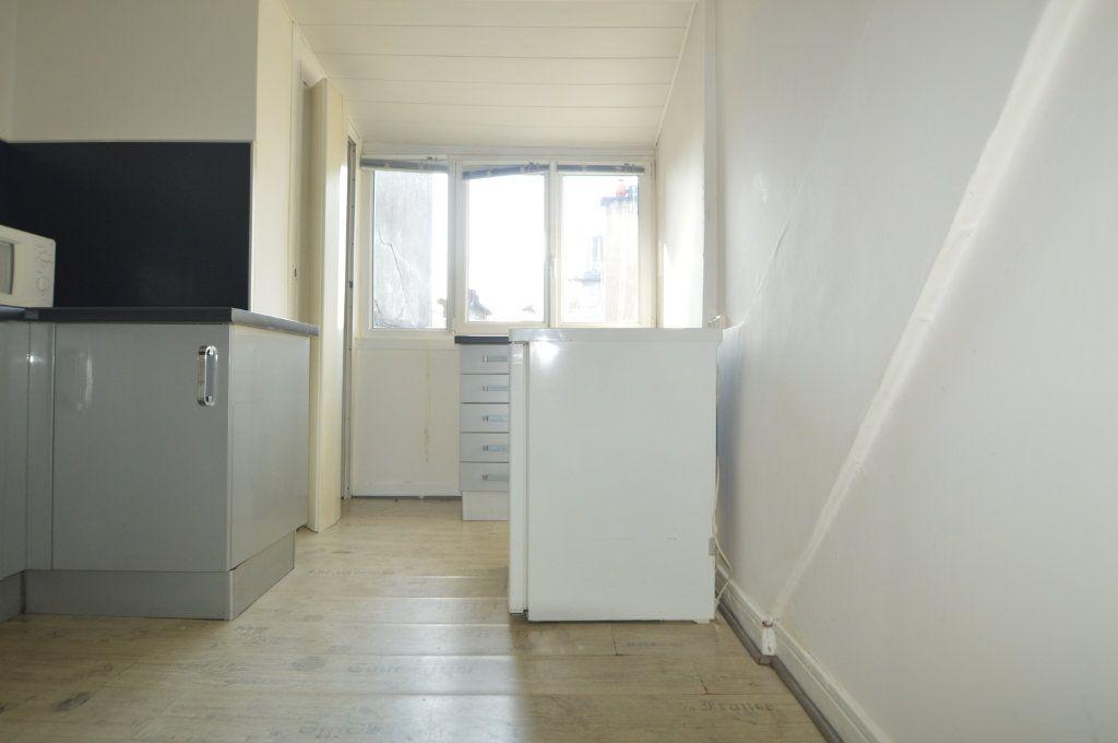 Appartement à louer 1 32.12m2 à Pau vignette-4