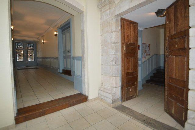 Appartement à louer 2 50.52m2 à Pau vignette-7