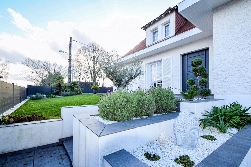 Maison à vendre 7 182m2 à Pau vignette-3